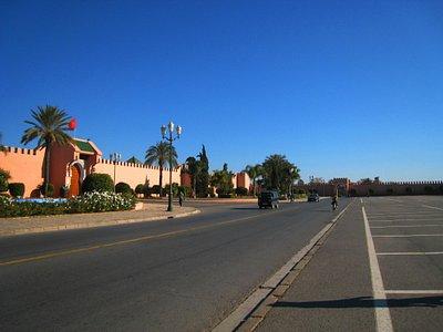 Camino del Palacio