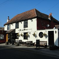 The FOX & HOUNDS (Walton-on-the-Hill) Front View