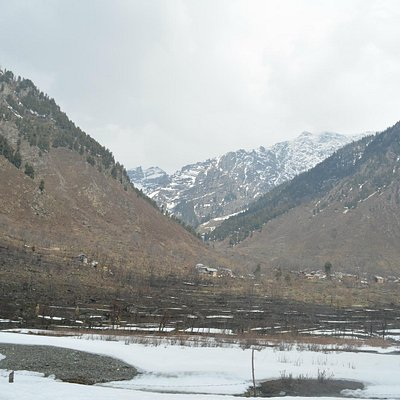 View of Betaab valley