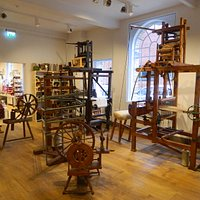 The Hand loom shop at the museum of carpet