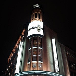 The Prince of Wales Theatre with the Book of Mormon