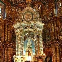 Hermoso Altar