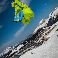 Freestyle snowboard lessons