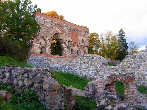Ruins of the Viljandi's Order Castle