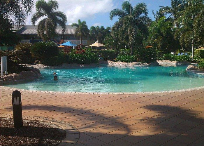 Daydream Island Resort lagoon swimming pool
