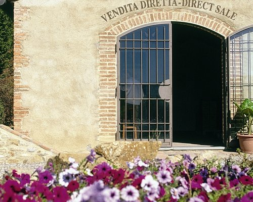 Wine Shop Teruzzi & Puthod