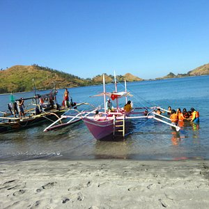 Silangen - our pink boat & the fishing boat