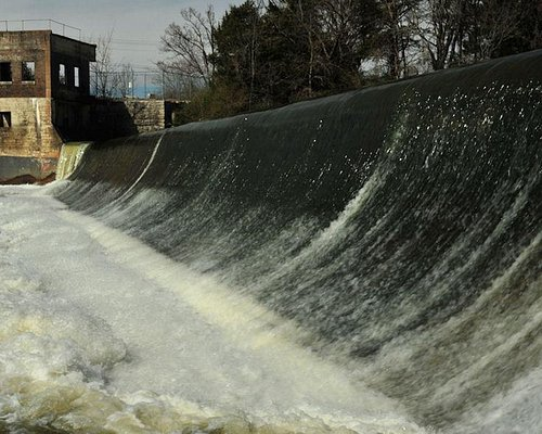 Walter Hill Dam and Hydroelectric Station