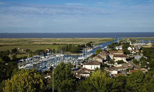 Le port Mortagne sur Gironde