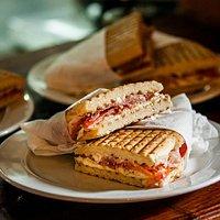 La Taverna Sandwich