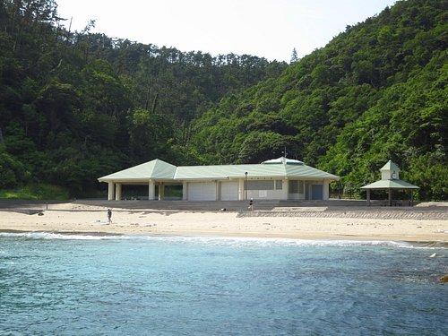 Shiohama beach from the rocks