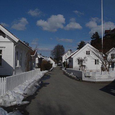 Tangvall/Høllengata