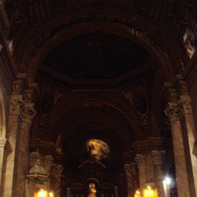 Dentro de la catedral, excelencia en arquitectónica