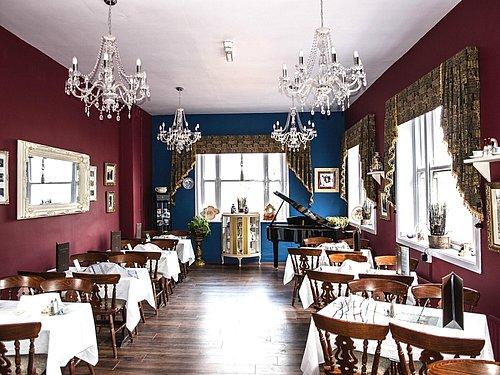 Elegant Vintage Tea Room