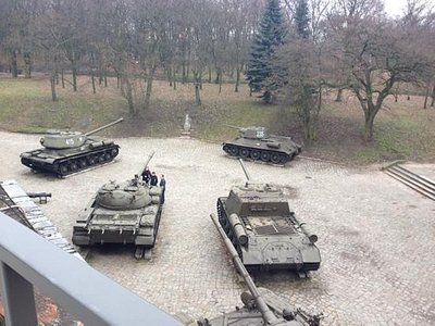 tanks in the museum