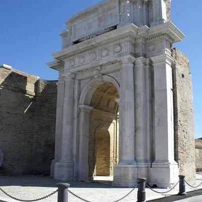 Arco Clementino - lato mare