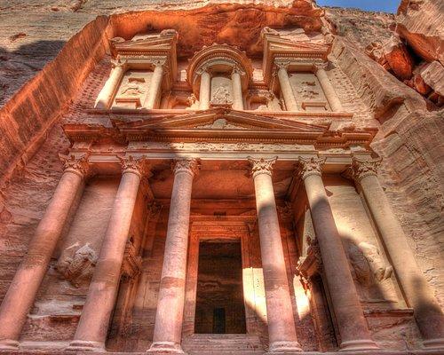 The fantastic Treasury in Petra Jordan