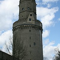 The round tower in all its glory.
