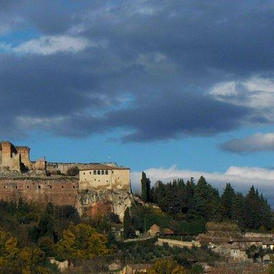 borgo medievale e fortezza