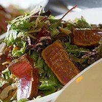 Ahi Crunchy Salad