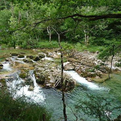 Uno de los rabiones del rio Dobra