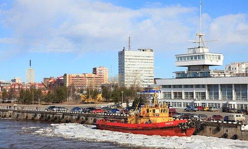 Архангельск - город-порт. Фото: Н.Гернет.