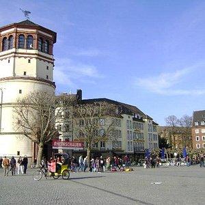 Burgplatz, Düsseldorf, Alemania.