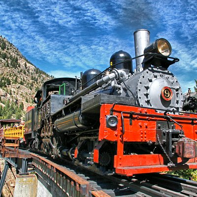 Steam Locomotive #9 on High Bridge
