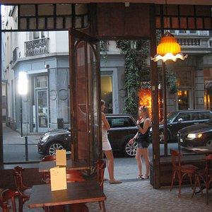 Le Papillon Bar Osteria