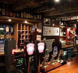 A wide selection of cask and keg beers, and whiskies to try.