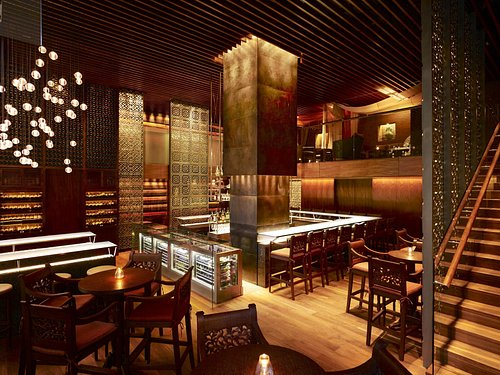2 Lam Son Bar at Park Hyatt Saigon