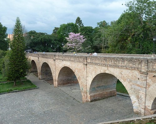 Die Brücke über den Rio Molina