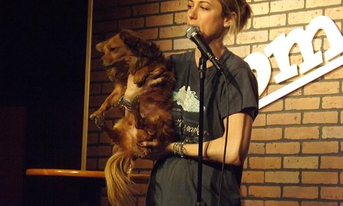 Iliza Shlesinger at The Comedy Club