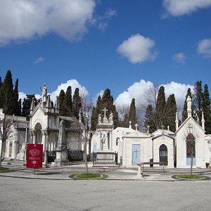 Cemiterio dos Prazeres - entrance