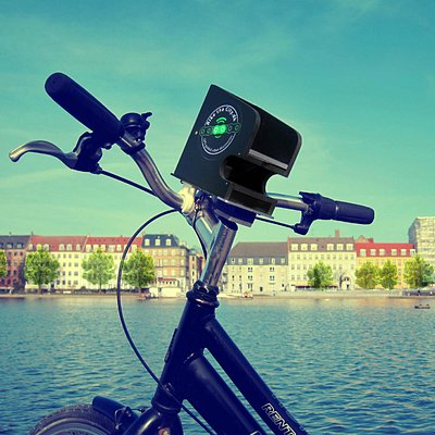 The GPS-holder on the handlebar