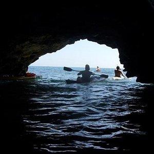 kayak Sicilia - grotta spiaggia gelsomineto