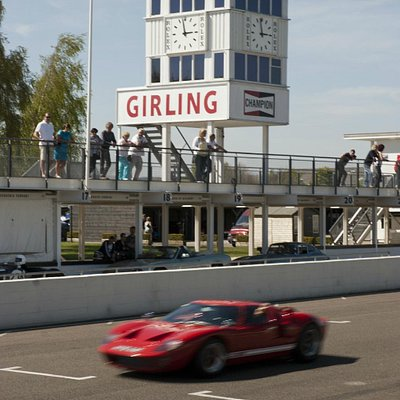a GT40 on track