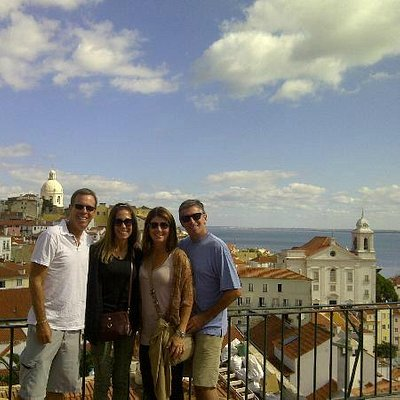 One of our happy groups, during a Lisbon tour