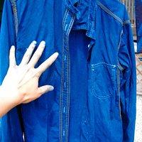JAPAN BLUE に染め上がったシャツ