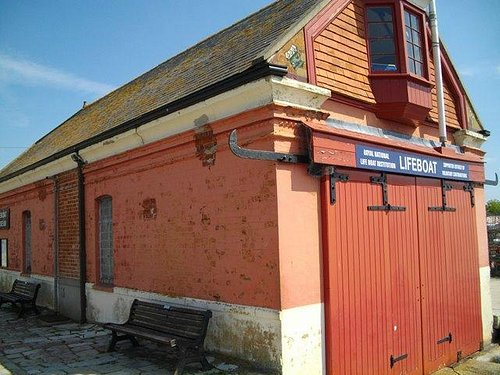The museum/old boathouse