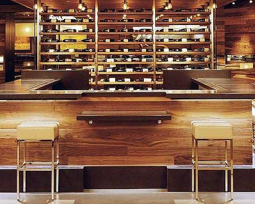 Food & Wine Bar