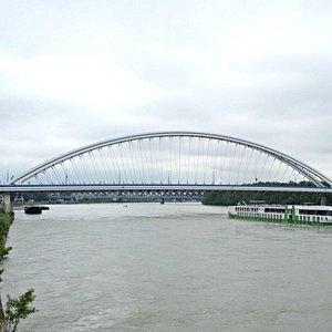 Apollo bridge (view from Eurovea)