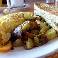 veggie omelet? yes, please!
