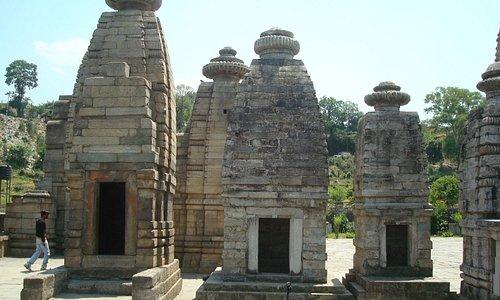 baijnath temple 1