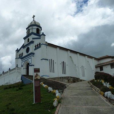 Die Kapelle Valvanera oberhalb von Chia