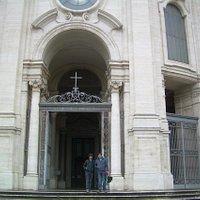 fachada San Croce in Gerusalem