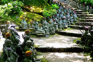 Daishoin Temple - Lots of Buddhas