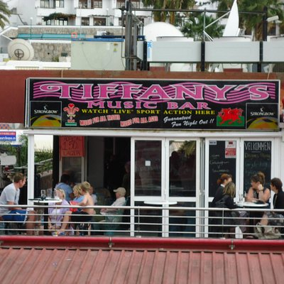 Tiffanys Bar, Puerto Rico