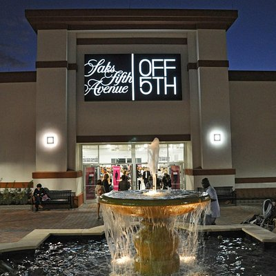 Saks Fifth Avenue, St. Augustine, FL