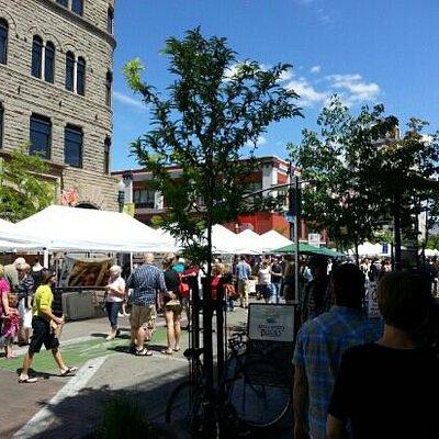 The market along 8th Street.
